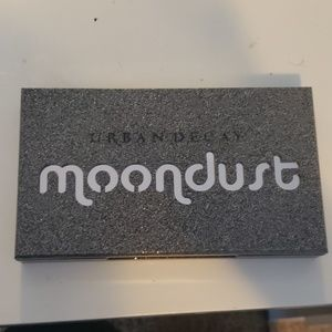 Urban decay moondust pallete